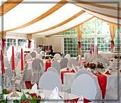 Hochzeitszelt edle hochzeitszelte zur miete zelt for Zelt deko hochzeit
